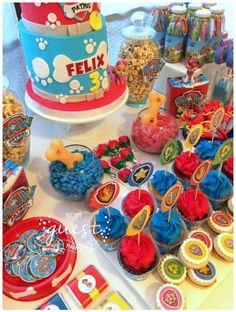 Colorful-Paw-Patrol-Birthday-Party-Bright-Cupcakes