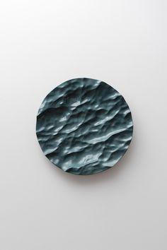https://cfileonline.org/wp-content/uploads/2018/01/11-mathieu-lehanneur-50-seas-exhibition-christies-contemporary-ceramic-art.jpg