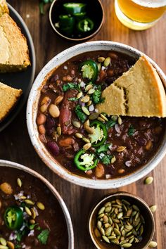 Vegan Chili Lucious vegan chili packed with three different beans, pecan meal, and a small amount of chocolate.Lucious vegan chili packed with three different beans, pecan meal, and a small amount of chocolate. Chili Recipes, Soup Recipes, Whole Food Recipes, Vegetarian Recipes, Vegan Soups, Keto Recipes, Korma, Biryani, Naturally Ella