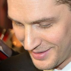 いいね!112件、コメント5件 ― Tom Hardy Qc. Fan Mélissaさん(@tomhardy.qc.fan)のInstagramアカウント: 「That nose 😍😍😍 #noseporn  #tomhardy #mostmanlyman #sexiestman #tomhardylovers #tomhardyfans…」
