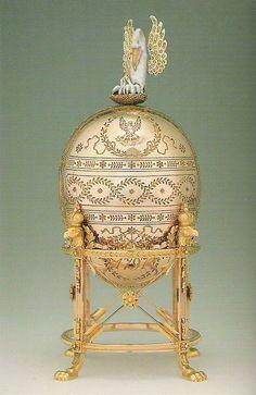 Faberge - The 1898 Pelican Egg www.mieks.com/...