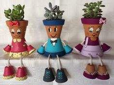 Awesome Clay Pot Decor That Will Make Your Garden Look Fant Flower Pot Art, Clay Flower Pots, Flower Pot Crafts, Clay Pots, Flower Pot People, Clay Pot People, Clay Pot Projects, Clay Pot Crafts, Painted Plant Pots