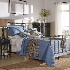 West Antique Industrial Lines Iron King-size Metal Bed