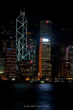 Hong Kong Skyline It is so beautiful at night!