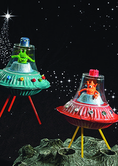 You know, we& been to Mars recently, but we were looking forward to it - Bastelideen Kinder - Space Party, Space Theme, Space Activities, Craft Activities, Space Crafts For Kids, Diy For Kids, Outer Space Crafts, Craft Kids, Space Projects