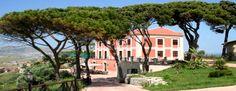 A #Licata il #VillaGiuliana #Relais si presenta ai suoi clienti con una nuova veste e servizi aggiuntivi, sia per quanto riguarda l'#hotel che il #ristorante. #villa #liberty #ricevimento #struttura