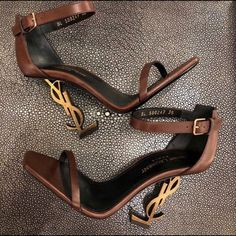 Like New Worn Twice Comes With Box Fancy Shoes, Pretty Shoes, Beautiful Shoes, Me Too Shoes, Ysl Heels, High Heels, Shoes Heels, Heeled Boots, Shoe Boots