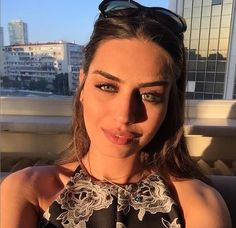 Turkish Beauty, Girl Guides, Beautiful Love, Turkish Actors, Famous People, Actors & Actresses, Celebrities, Photography, Instagram