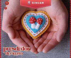 Prendedor de fieltro #yolohice #Singer #regalos – Singer México