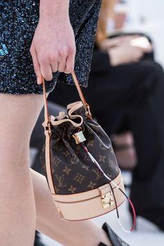moda borse secchiello piccolo small mini bucket bag 2018 vita su marte 07