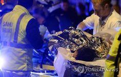 '파리테러' 현장서 10대 소녀 구한 남성이 전한 당시상황 #korea #insight #파리 #연쇄테러