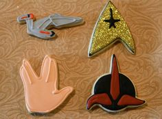 Trekkie cookie cutter Set. I want them but to get them home it would be $30 plus dollars.