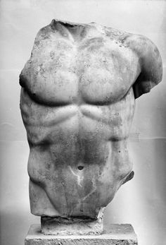 """meninfinearts: Torso of Écija """"Gods, heroes and athletes: Body images in the Ancient Greece"""" Photograph: MAR"""