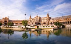 Itinerary: 2 weeks in Andalucia (Spain). The definitive guide on how to spend 15 or 16 days in Andalucia. All the best things to do + Where to stay during your trip. Discover how to visit Andalucia in 2 weeks now! Sierra Nevada, Malaga, Sevilla Spain, Andalucia Spain, Cadiz, Granada, Alcazar Seville, South Of Spain, Spain Travel
