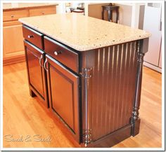 Decoration Kitchen - Kitchen Island makeover Sand and Sisal: Transform Builder Grade Drab into Custom. Kitchen Island Makeover, Diy Kitchen Island, Kitchen Redo, New Kitchen, Kitchen Dining, Kitchen Remodel, Kitchen Cabinets, Kitchen Ideas, Refacing Cabinets