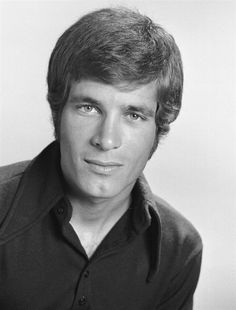 "Don Grady played handsome son Robbie Douglas on ""My Three Sons"" and was an original Mouseketeer. He died June 27 at age 68."