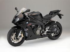 BMW S1000RR (2015) - Hersteller:BMW Land: Baujahr:2015 Typ (2ri.de):Superbike Modell-Code:k.A. Fzg.-Typ:k.A. Leistung:199 PS (146 kW) Hubraum:999 ccm Max. Speed:k.A. Aufrufe:9.354 Bike-ID:4156