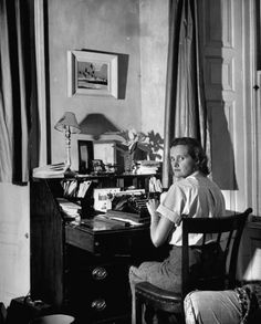 Daphne du Maurier, author of The Birds (which later became a Hitchcock movie) Daily inspiration. Discover more photos at http://justforbooks.tumblr.com/