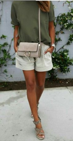 Mail – Dan Barker - Outlook Source by ccafricalele moda sandals Short Outfits, Casual Outfits, Cute Outfits, Fashion Outfits, Fashion Trends, Fashion Ideas, Fashion Tips, Spring Summer Fashion, Spring Outfits