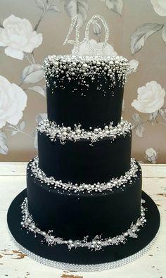 Elegant Birthday Cakes, Cute Birthday Cakes, Beautiful Birthday Cakes, Elegant Cakes, Beautiful Cakes, Amazing Cakes, Black And White Wedding Cake, Black Wedding Cakes, Wedding Cake Inspiration