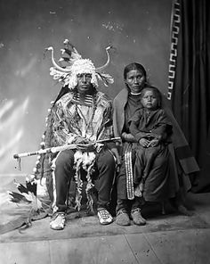 Goff Cabinet Card of Buffalo Horns and Family, Western & Historic Americana, Dec and Native American Pictures, Native American Tribes, Native American History, Sioux, Eskimo, Native Indian, First Nations, Nativity, Mayan Symbols