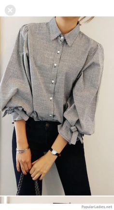 b56c9cd73121f Sweet grey shirt and black pants