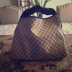 Gucci purse Handle has normal wear for a lightly used bag. I.nspired Accessories