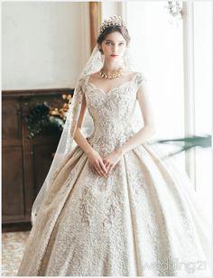 Designed by Clara Black Label Princess Wedding Dresses, Dream Wedding Dresses, Bridal Dresses, Bridesmaid Dresses, Pretty Dresses, Beautiful Dresses, Beautiful Wedding Gowns, Dream Dress, Designer Dresses