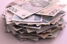 Opłaty dodatkowe wiążą się najczęściej z koniecznością założenia konta, a które przyjdzie nam uiszczać dodatkowe comiesięczne opłaty. http://www.kalkulator.pl/kredyt-gotowkowy-o-czym-nalezy-pamietac/