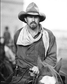 Kevin Costner en el film Open Range en 2003.  #kevincostner #costner #westerm #cine #tvshows #instagood #photographer #photo #photooftheday
