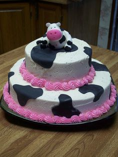 I love this cow cake, too!