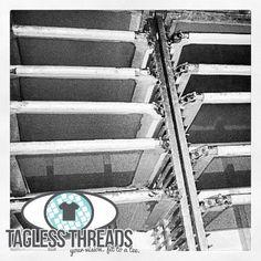 Tagless Threads: How to build a screen room #taglessthreads #screenroom #darkroom #DIY