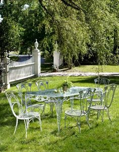 vintage wrought iron lawn furniture