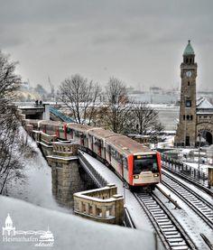 Winterliche U-Bahn Landungsbrücken www.heimathafen-aktuell.de