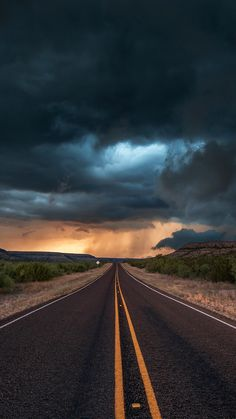 road-state-texas-clouds-iPhone-Wallpaper