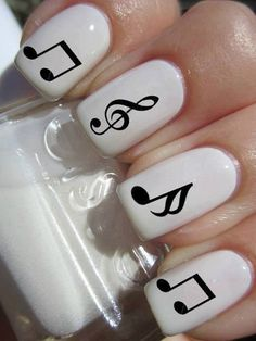 black and white music notes nail art - 60 Examples of Black and White Nail Art  <3 <3