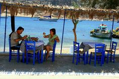 My kind of Taverna! Travel Around The World, Around The Worlds, Greek Beauty, World Best Photos, Greek Islands, Fishing Boats, Film, Seaside, Greece