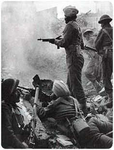 Sikh Soldiers in Europe during World War II Nagasaki, Hiroshima, World History, World War Ii, Photos Du, Old Photos, India In World, Vietnam War Photos, Man Of War