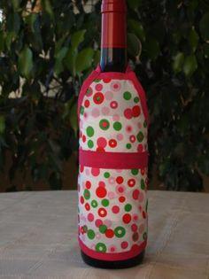 Delantal para botellas hecho de tejido algodón/poliéster y cinta de algodón. Lavable a 30 grados. Bottle, Home Decor, Wine Bottles, Soaps, Aprons, Ribbons, So Done, Tejido, Fabrics