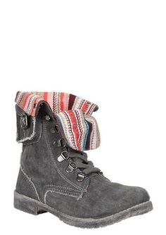 Roxy boots...I saw these online a while ago and now I'm regretting not buying them...I love them!!!!!