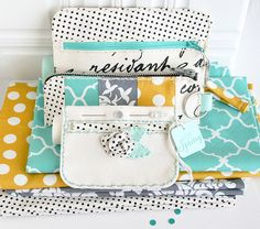 Zipper Pouch Ensemble by Danielle Flanders for Papertrey Ink (March 2014)