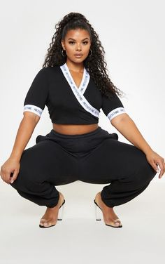 The Prettylittlething Plus Black Wrap Crop Top . Head online and shop this season's range of plus size at PrettyLittleThing. Sneakers Fashion Outfits, Casual Skirt Outfits, Plus Size Crop Tops, Plus Size Blouses, Curvy Women Fashion, Plus Size Fashion, Womens Fashion, Girl Fashion, Looks Plus Size