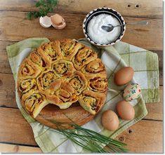 Gizi-receptjei. Várok mindenkit.: Húsvéti sonkás csigatorta. My Recipes, Cooking Recipes, Xmas Food, Easter Dinner, Apple Pie, Waffles, Breakfast, Desserts, Blog