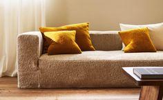 Small Cushions, Decorative Cushions, Zara Home Canada, Zara Home España, Home Comforts, Decorating Your Home, Modern Furniture, Throw Pillows, Living Room