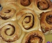 Recipe Cinnamon Apple scrolls with caramel sauce by cozzachappy - Recipe of category Baking - sweet