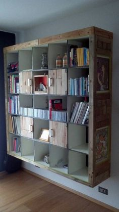 Pallet Designs Hacking IKEA with pallet wood? Here's Ricardo's version of a white sad expedit cabinet. - Hacking IKEA with pallet wood? Here's Ricardo's version of a white sand Expedit cabinet. Pallet Home Decor, Pallet Crafts, Diy Pallet Projects, Pallet Ideas, Ikea Furniture, Home Decor Furniture, Pallet Furniture, Repurposed Furniture, Furniture Ideas