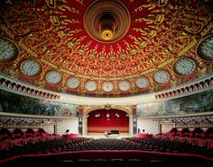 .....Romanian Antheneum, Bucharest, Romania....  this looks like one of the most beautiful spots to hear beautiful music