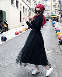 Hijab styles 745416175804502021 - Image may contain: 1 person, outdoor Source by Modest Fashion Hijab, Hijab Chic, Muslim Fashion, Fashion Clothes, Fashion Dresses, Casual Hijab Outfit, High Street Fashion, Street Hijab Fashion, Most Beautiful Dresses