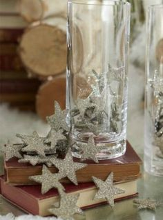 I think these are probably vintage ones, but could easily be replicated. String between 2 cardboard stars, glued and glittered. Christmas Minis, Handmade Christmas, Christmas Holidays, Christmas Crafts, Glitter Stars, Silver Glitter, Kate Baby, New Years Eve Decorations, Pirate Day