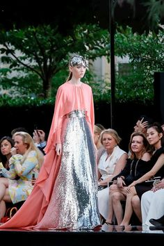Artistic Fashion Design: Givenchy Fall 2018 Couture PFW.